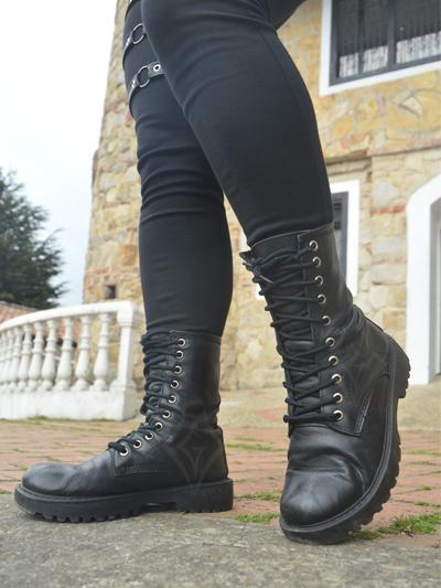 lindas botas cuero cortas negras cortas unisex de amarrar mate comodas ajustables envios nacionales domicilios bogota soacha