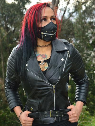 chamarra cuero femenina tienda online rock metal economica negra bogota domicilios envios tunja pereira medellin ibague colombia