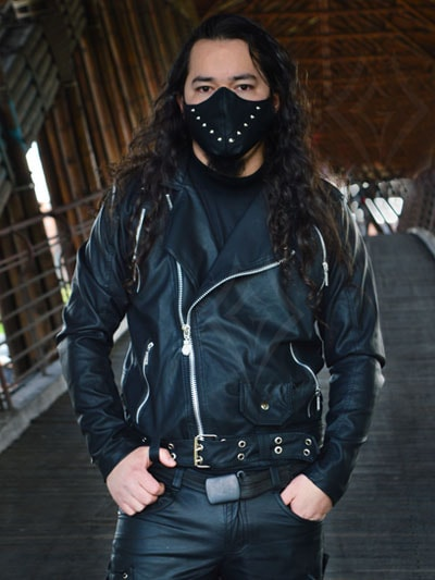 chamarra cuerina masculina tienda online rock metal economica negra bogota fontibon engativa suba usme tunjuelito tunal chico restrepo colombia