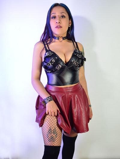 falda cuerina cuero color lindo divina preciosa hermosa rockera metalera casual envios entregas ventas mayor bogota pereira popayan ipiales ibague tunja