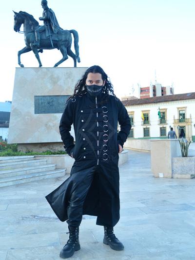 gaban masculino largo drill negro aros frontales ajustables broches plateados rigido bolsillos laterales envios nacionales domicilios bogota soacha