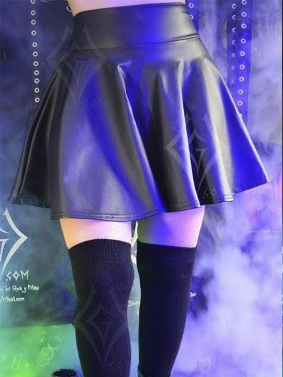 linda falda rotonda cuerina negra mate licrada strech comoda rockera domicilios bogota soacha envios nacionales