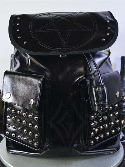 linda maleta cuerina negra taches plateados cordon ajustable broches bolsillos pentagrama grande negro dark rockero envios nacionales domicilios bogota soacha