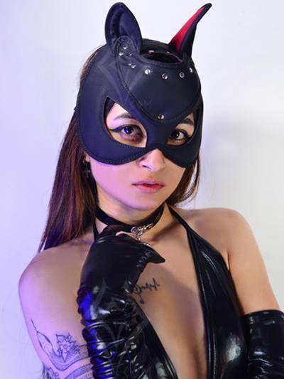 sexy mascara cuerina negra comoda estilo gatubela gata mate sado guantes lame sintetico brillate envios nacionales domicilios bogota soacha