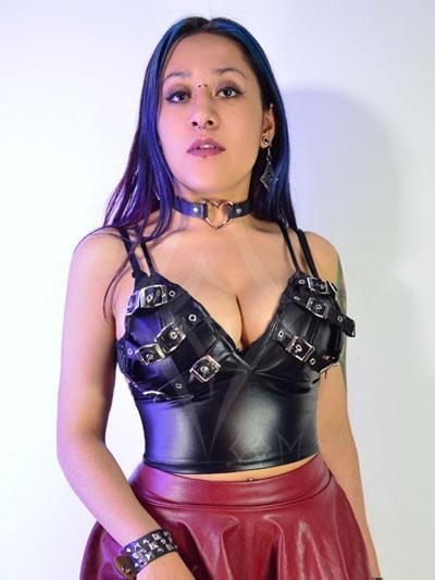 blusa cuero sensual sexy ropa femenina dama mujer metalera gotica virtual tienda online domicilios envios entregas ventas mayorista colombia bogota medellin